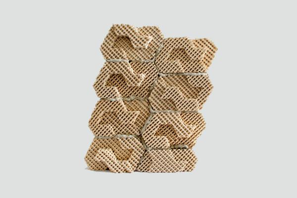 Охлаждающие кирпичи от дизайн студии Emerging Objects