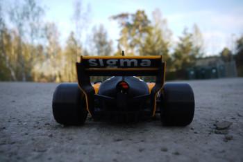 Энтузиасты с Pinshape создали масштабную копию болида Формулы 1