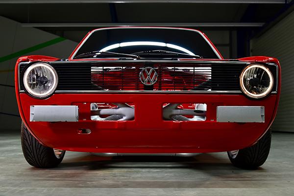 3d технологии позволили восстановить переднюю часть Volkswagen Caddy